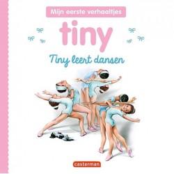 Tiny leert dansen...