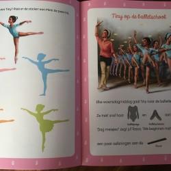 Tiny gaat op ballet stickerboek